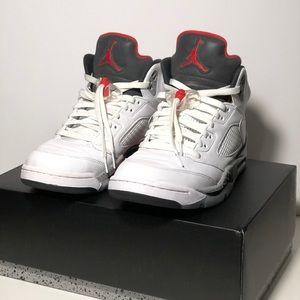 Air Jordan Retro 5 'White Cement'